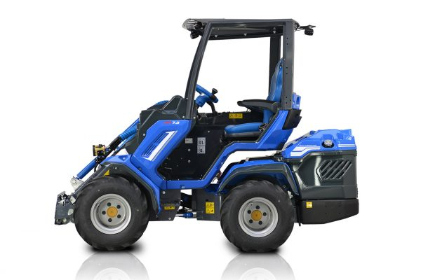Multione 7 Series Mini Loader - Power, Speed & Agility