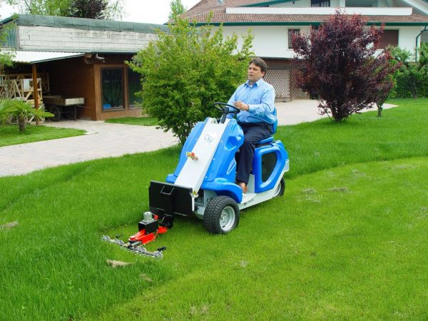MultiOne mini loader 1 series with sickle bar mower