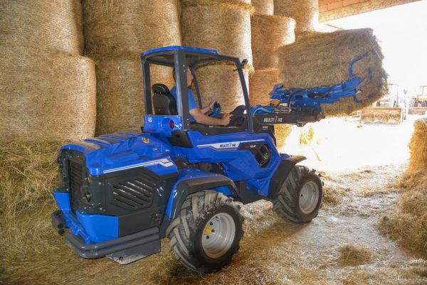 MultiOne mini loader 10 series with bale grabber